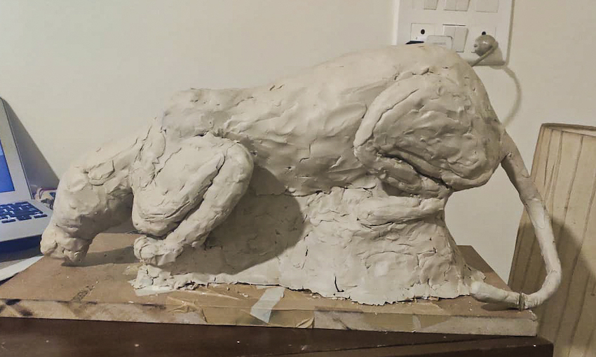 Sculpture after the first layer of clay